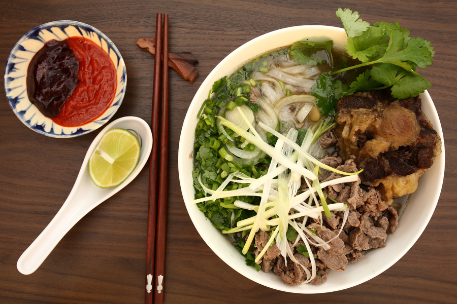 responsive-web-design-pho-restaurant-00082-rice-noodle-soup-all